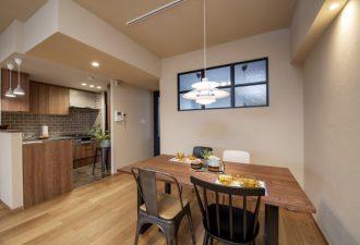 キッチンとの繋がりを感じることのできる空間に