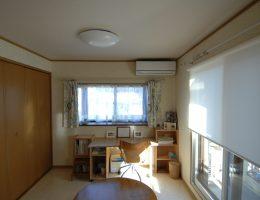奥様の趣味のお部屋に生まれ変わった2階洋室